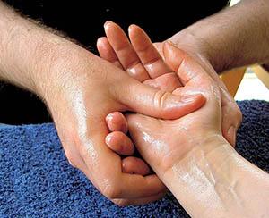 hand-massage-022414